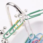-New-Hot-Creative-White-Plastic-Faucet-Sink-Design-Paper-Clip-Dispenser-Holder-Tool-85768-2